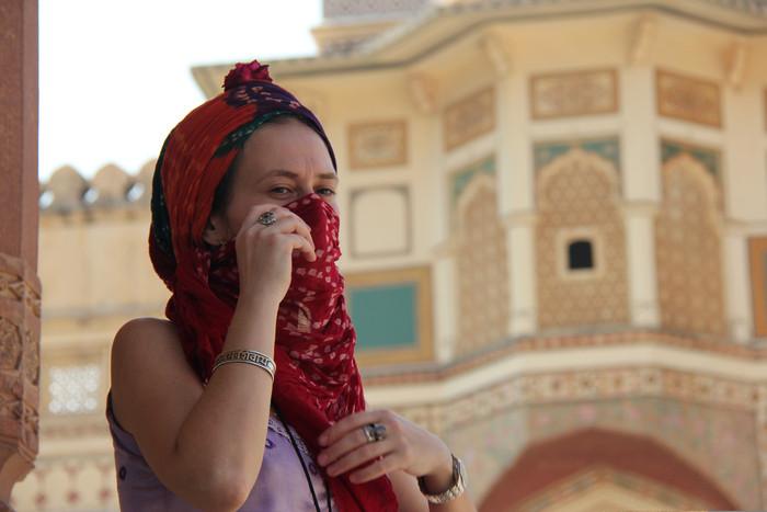 achadidi, блогер, путешественник, поэтесса...